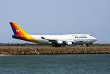air-pacific-boeing-747-jet-runway-21184133